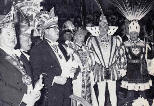 Proklamation 1963: Prinz Franz Pohl wird nach der Session neuer Präsident der Prinzen-Garde Köln.